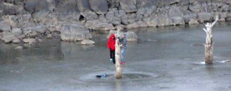 Teens stuck for two hours on frozen lake
