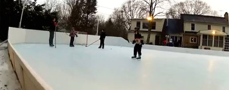 Man builds a nifty ice rink in the backyard