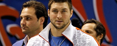 Tebow to speak at controversial church