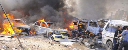 Damascus highway car blast kills dozens