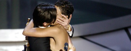 What Halle Berry thought of Oscar kiss