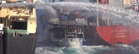 Ships collide during dramatic whaling protest