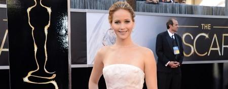 Jennifer Lawrence dyes hair after Oscar win