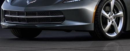 Chevy unveils pics of new Corvette Stingray