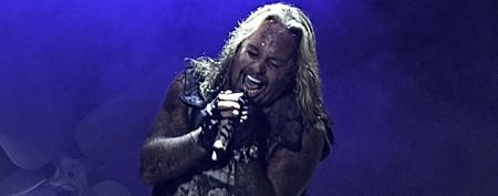 Motley Crüe singer Vince Neil hospitalized