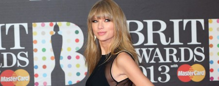 How Taylor Swift's fan mail wound up in the trash