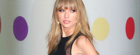 Taylor Swift ditches good-girl look
