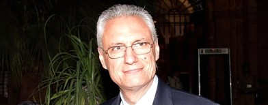 Airport alert against Italian envoy