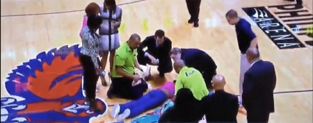 Cheerleader takes nasty fall at NBA game