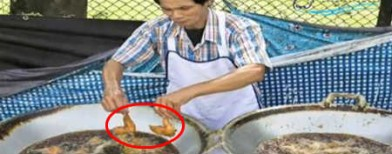 Chef who fries chicken with bare hands