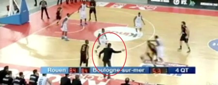 Basketball coach's unthinkable dirty move