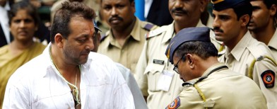 Sanjay Dutt has to go to jail on May 15: SC