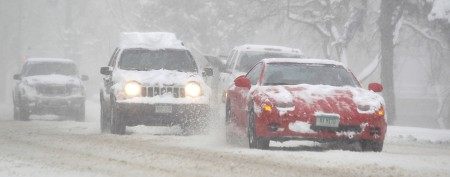 Spring storm takes aim at Plains, Midwest