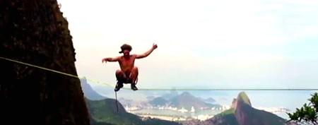 Daredevils' scenic stroll 3,000 feet above Rio