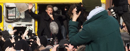 David Hasselhoff shows up at Berlin protest