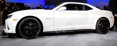 GM surprises with new Camaro Z/28