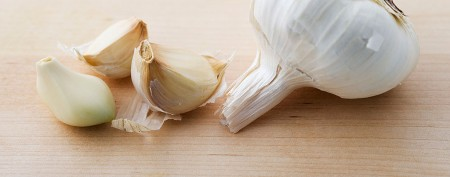 The best way to peel garlic in seconds