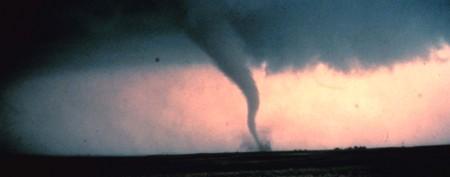 Five dangerous myths about tornadoes
