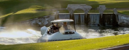 PGA star introduces wild new golf cart