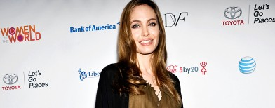 Angelina Jolie's gift to Pakistani girl