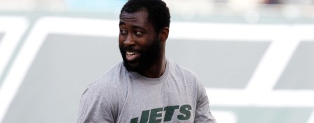 Jets frustrating team that wants Revis