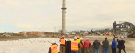 Demolition crew's 'oops' moment