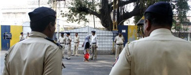 36 Mumbai cops caught taking bribes