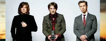 Watch live: Hanson in concert