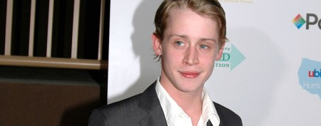 Macaulay Culkin's surprise onstage duet