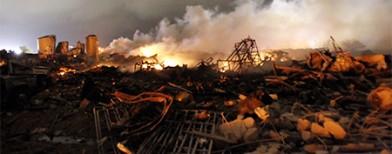Explosion devastates Texas town