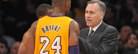 Lakers coach annoyed by Kobe's live-tweets