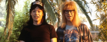 'Wayne's World' stars reunite 21 years later