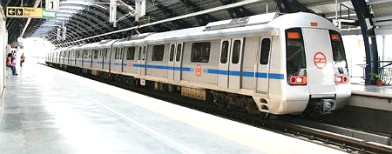 Drunk commuters barred from Delhi Metro