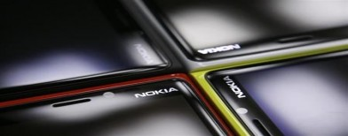 Nokia unveils smarter, lighter Lumia