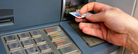 Hacker unveils security device to fight ATM skimmers