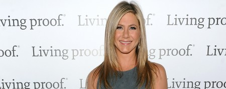 Aniston's style battle with supermodel