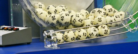 Town abuzz over Powerball's 'sole winner'