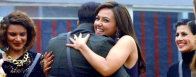 BB6 contestant Sana Khan on the run
