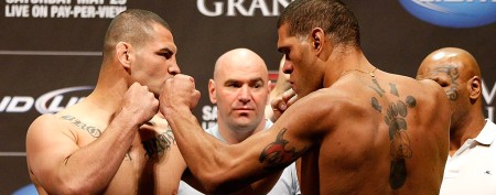 Abrupt end to heavyweight title fight