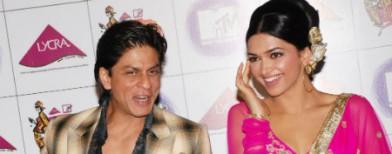 OMG! Deepika slaps SRK in public