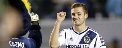 Rogers breaks barrier by playing in MLS