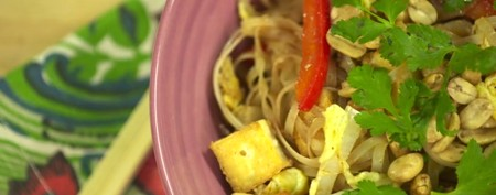 Easy way to make pad thai at home
