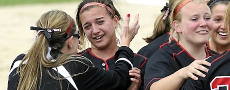 High school softball player's incredible heroics