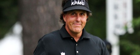 Phil Mickelson chooses fatherhood first