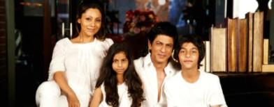 SRK still mum over surrogacy issue