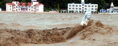Floods: How bureaucracy led to disaster
