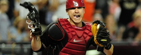 MLB catcher's gross baseball bat habit