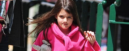 Suri Cruise's laid-back holiday with mom