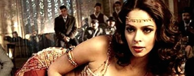 Warrant against Mallika for 'obscenity'