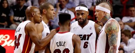 Heat re-sign key member of championship squad